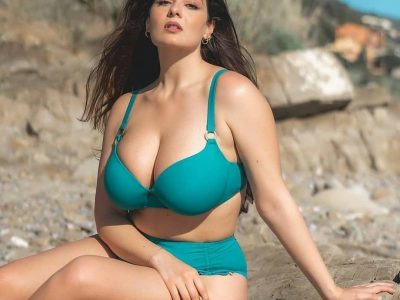 Surat Escorts Party Girls and Female Companions